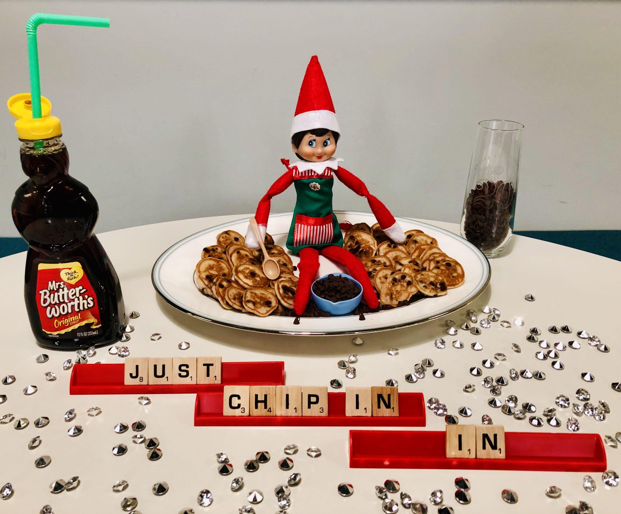Image of Elfie the Elf making pancakes